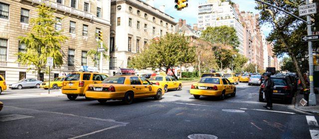 Tout savoir sur les règles régissant la conduite des taxis